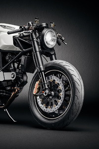 720x1280 Ducati Custom Cafe Fighter