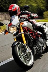2160x3840 Ducati Monster S4R