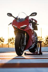 1280x2120 Ducati Panigale V4