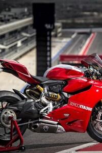 720x1280 Ducati Superbike 1199