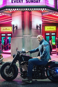 1125x2436 Dwayne Johnson On Harley Davidson