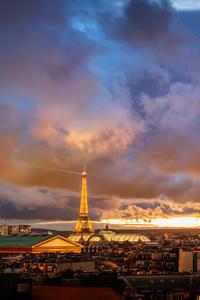 480x854 Eiffel Tower View From Far Away 8k