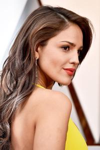 Eiza Gonzalez Met Gala