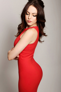 1242x2688 Elizabeth Gillies Red Dress 4k 2020