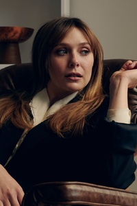 480x800 Elizabeth Olsen Vincent Tullo Photoshoot
