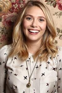 1080x2160 Elizabeth Olsen
