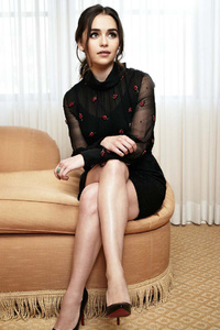 Emilia Clarke 2017 HD