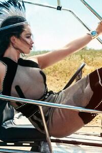 240x320 Emilia Clarke 4