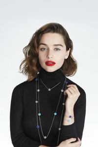 Emilia Clarke Dior