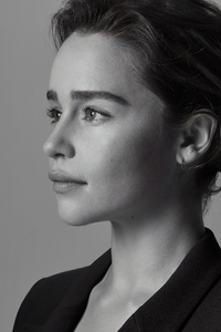 480x800 Emilia Clarke Portrait For Sameyou Charity