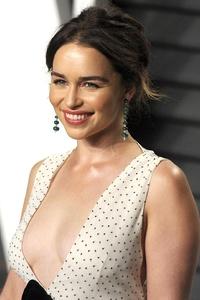 Emilia Clarke Smiling 2018