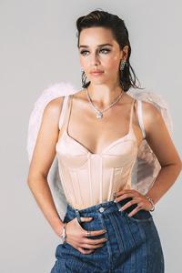 2160x3840 Emilia Clarke2019