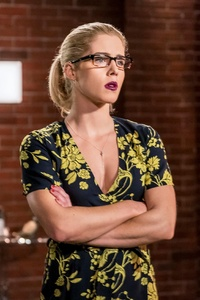 480x800 Emily Bett Rickards As Felicity Smoak In Arrow Season 6