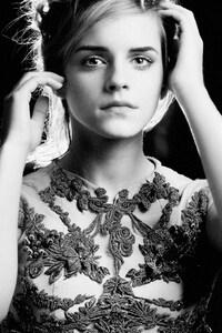 Emma Watson Monochrome 4k