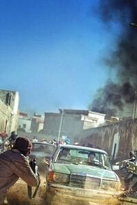320x480 Escape From Mogadishu