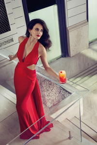 540x960 Eva Green Hot In Red 4k