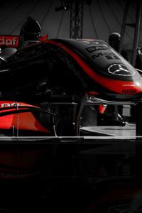 1440x2960 F1 Racing Car