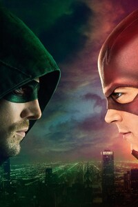 640x960 Flash Vs Arrow