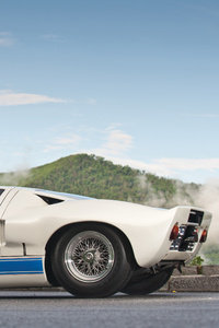 1242x2688 Ford Gt40