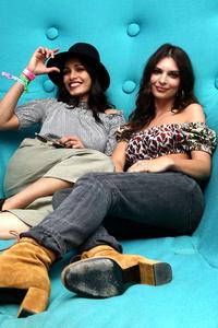 Freida Pinto And Emily Ratajkowski