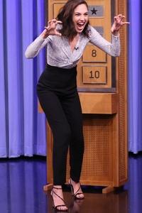 Gal Gadot And Patty Jenkins In The Tonight Show Starring Jimmy Fallon