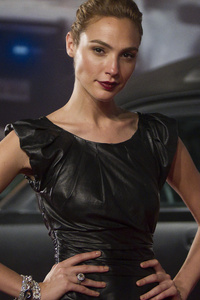 Gal Gadot In Black Dress 2018