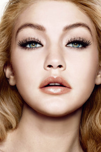 Gigi Hadid Eyes