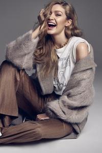 Gigi Hadid Smiling 2018