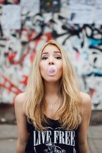 Girl Blowing Bubble Gum Hd