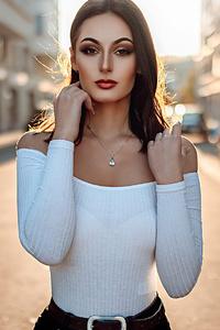 360x640 Girl Brunette Street Photography 4k