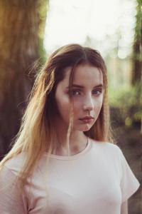 1080x2280 Girl Evening Forest Shoot 4k