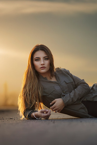 640x1136 Girl Lying Side Road 4k