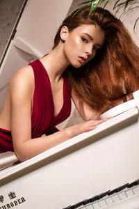 640x1136 Girl Posing With Piano 4k