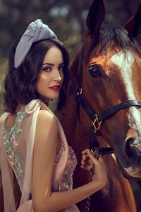 Girl With Horse 4k