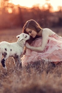 540x960 Girl With Lamb