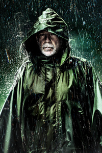 640x1136 Glass Movie Posters