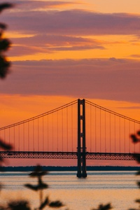 Golden Gate Bridge During Golden Hour 5k