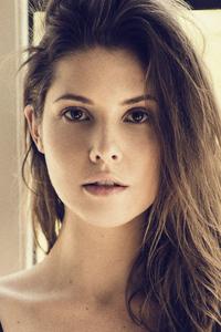 Gorgeous Amanda Cerny