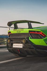 1080x2280 Green Lamborghini Huracan Performante 4k 2020