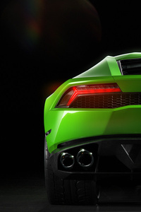 Green Lamborghini Huracan Rear