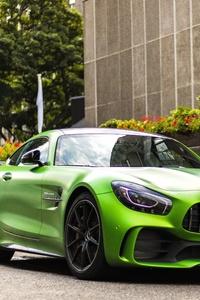 Green Mercedes AMG GT R 5k