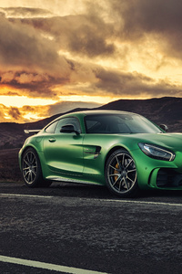 Green Mercedes Benz Amg GT 4k