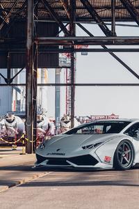 320x568 Grey Lamborghini Car Front