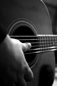 2160x3840 Guitar