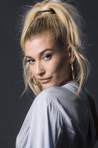 640x960 Hailey Baldwin Blonde Hairs 4k