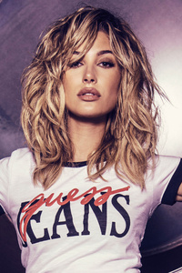 Hailey Baldwin Guess 5k
