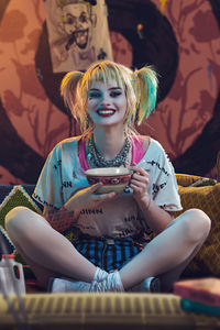 1080x2280 Harley Quinn Having Breakfast Cosplay 5k