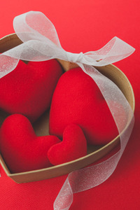 360x640 Heart shaped Red Ribbon Valentines Day