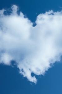750x1334 Heart Sky 4k
