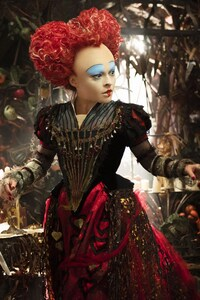 1080x2160 Helena Bonham Carter Alice Through The Looking Glass